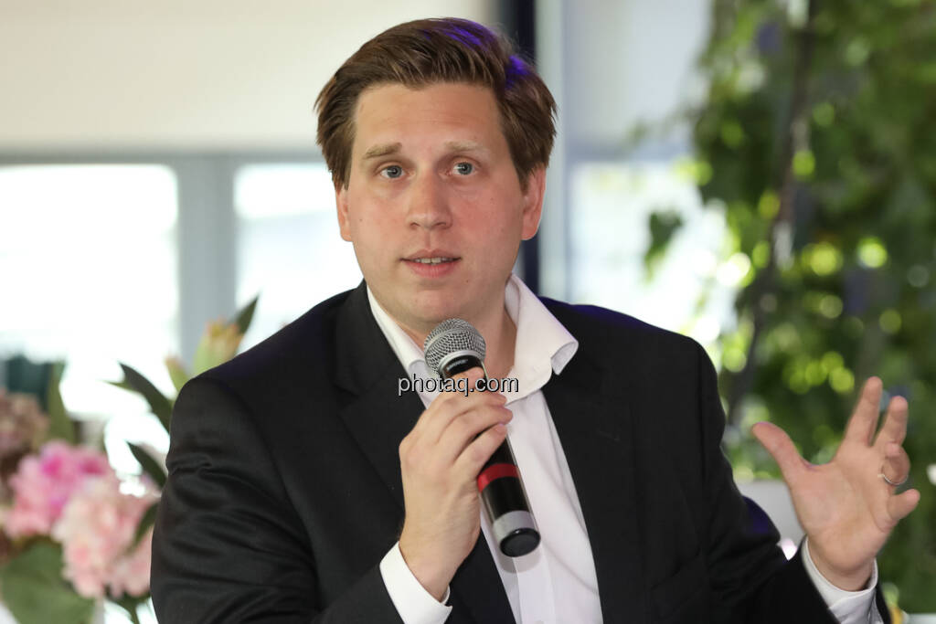 Richard Vrzal (CEO GIIVX) - 4-your-biz Impact-Investing Konferenz (Fotocredit: Katharina Schiffl for photaq.com) (29.09.2017)