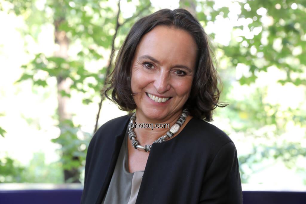 Alexandra Bolena - 4-your-biz Impact-Investing Konferenz (Fotocredit: Katharina Schiffl for photaq.com) (29.09.2017)