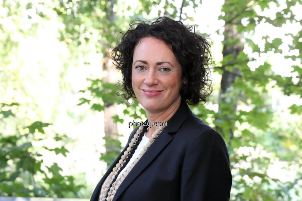 Susanne Lederer-Pabst - 4-your-biz Impact-Investing Konferenz (Fotocredit: Katharina Schiffl for photaq.com) (29.09.2017)