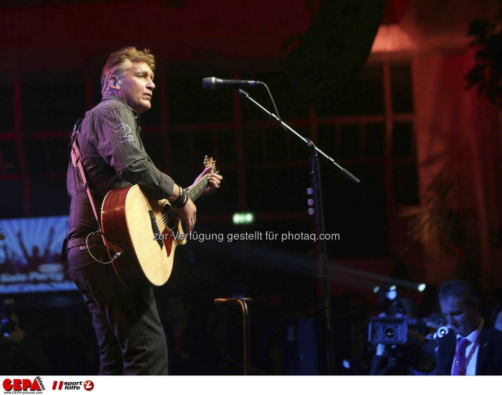 Rainhard Fendrich, © GEPA pictures/ Sporthilfe (15.12.2012)