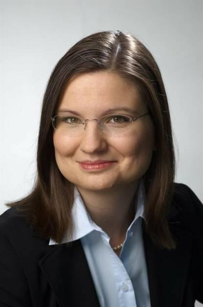 Barbara Czanik ist in die Partnerschaft von EY Österreich aufgenommen worden. Die Wirtschaftsprüferin ist im Bereich Financial Services Assurance auf die Prüfung von Jahres- und Konzernabschlüssen im Versicherungs- und Pensionskassensektor spezialisiert. Foto: EY, © Aussendung (02.10.2017)