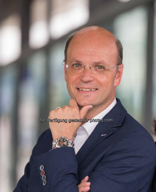 Hubert Loschek, Geschäftsführender Gesellschafter - RS Regionale Shops E-Commerce GmbH: Online einkaufen in Regionen: www.regionale-shops.at (Fotograf: Harald Steiner / Fotocredit: RS Regionale Shops), © Aussender (03.10.2017)