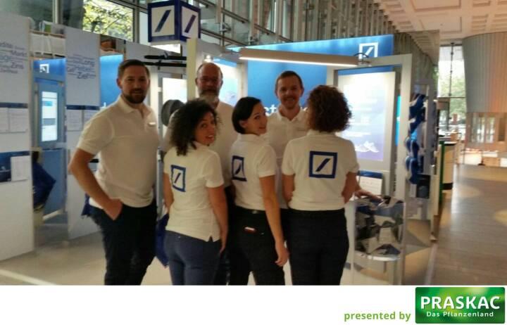 Das Laufstark-Team von Runplugged Laufstark beim Börsentag Berlin #runpluggedlaufstark #deutschebank
