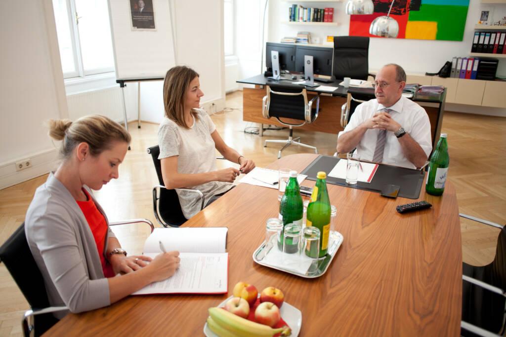 Ludwig Nießen (Wiener Börse), Christine Petzwinkler (BSM), Maria Zorn (Wiener Börse), Foto: Michaela Mejta (10.10.2017)