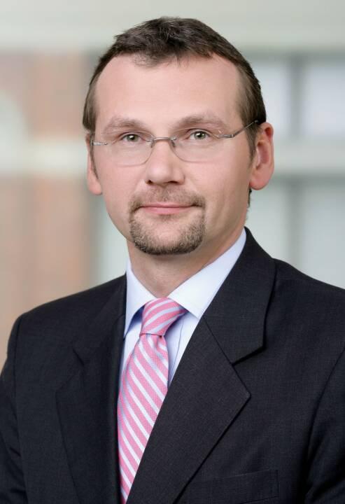 Das Wiener Kapitalmarktteam der globalen Anwaltskanzlei DLA Piper hat im Rahmen eines Debt Issuance Programms (DIP) der voestalpine AG in der Gesamthöhe von EUR 1 Milliarde die UniCredit Bank Austria AG als Sole Arranger beraten. Darüber hinaus hat das Team um Kapitalmarktspezialisten und Partner Dr. Christian Temmel als Underwriters' Counsel die UniCredit Bank Austria AG, Erste Group Bank AG, BNP Paribas und BayernLB (in ihrer Rolle als Joint Lead Managers) im Rahmen der Begebung einer EUR 500 Millionen Unternehmensanleihe durch die voestalpine AG beraten. Bild: DLA Piper