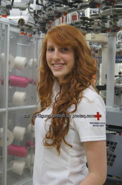 """Lenzing: Das Rote Kreuz hat nun ein Poloshirt """"Made by Löffler"""" aus der umweltfreundlichen Lenzing Faser Tencel (28.05.2013)"""