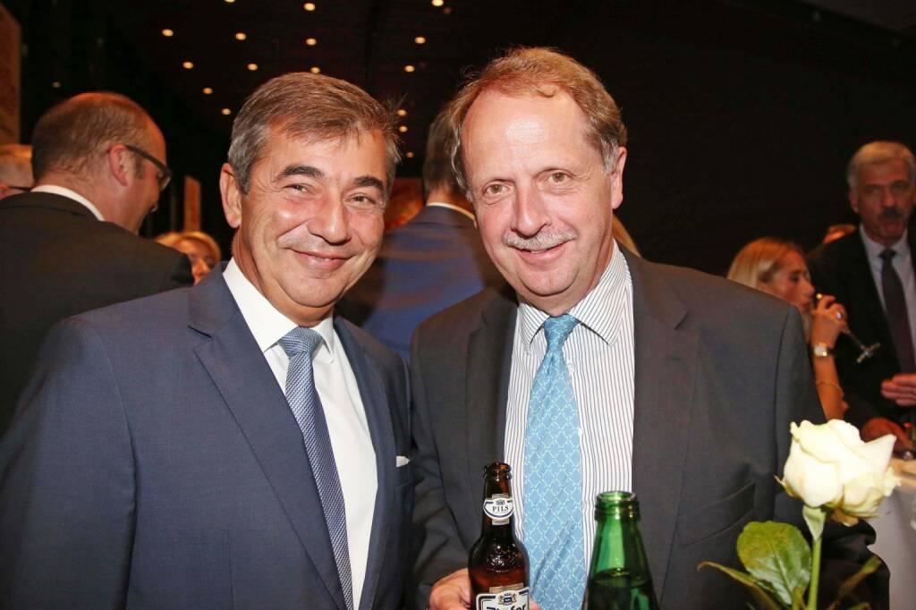 Peter Neumann (ehemaliger Engel-CEO), BrauUnion Generaldirektor Markus Liebl, Fotocredit: RLB OÖ / Strobl (16.10.2017)