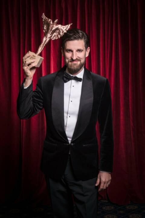 """Bei der achten Verleihung der """"Rolling Pin Awards"""" wurde Sascha Marx, der General Manager des Falkensteiner Schlosshotel Velden, zum """"Hotelier des Jahres 2017"""" gekürt; Foto: Rolling Pin"""