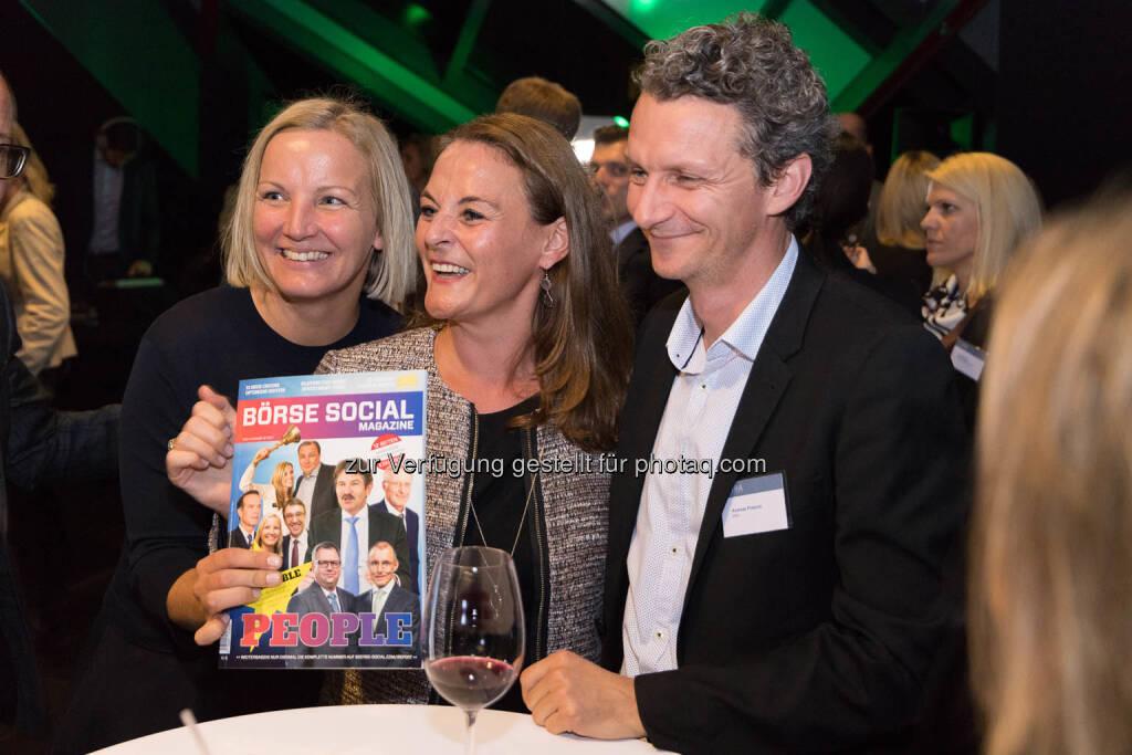 Mit dem Börse Social Magazine, © C.I.R.A./APA-Fotoservice/Martin Lusser (18.10.2017)