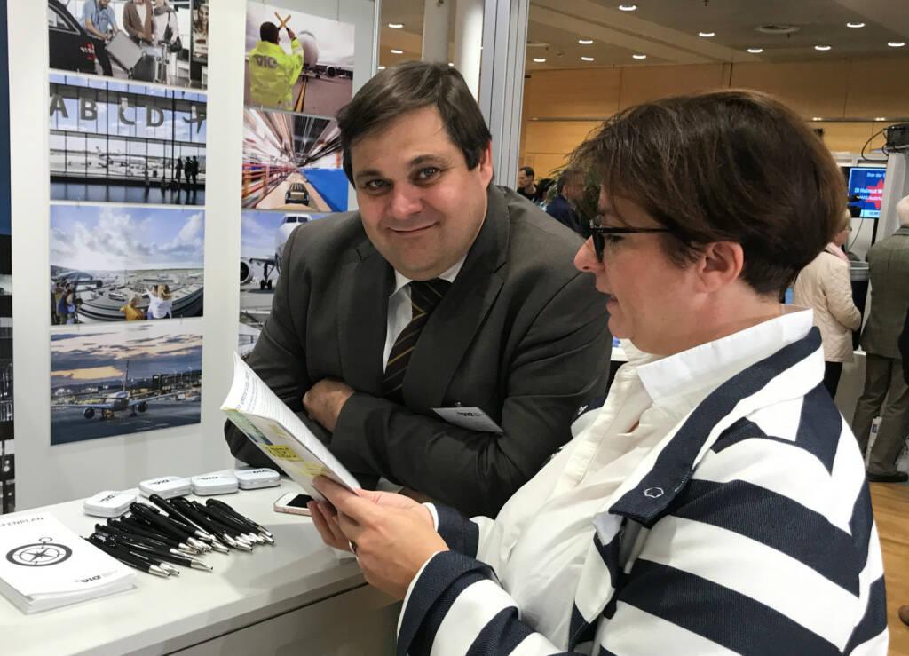 Flughafen Wien: Mario Santi, Judit Helenyi (22.10.2017)