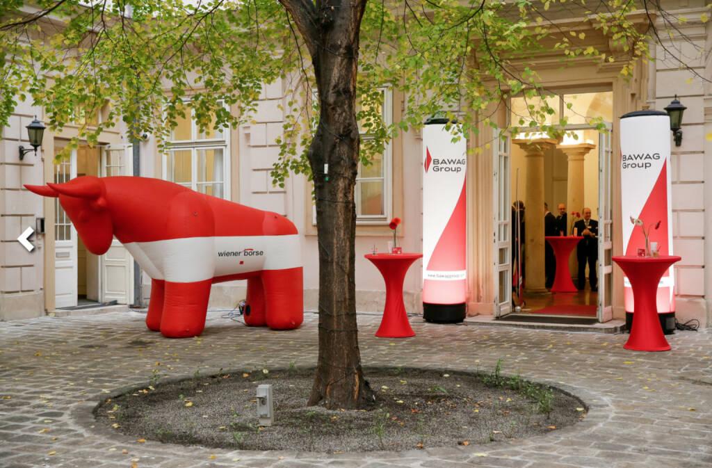 Börse im Bawag-Style, Bulle, rot weiß rot, Österreich, Wiener Börse; Fotocredit: Wiener Börse (26.10.2017)