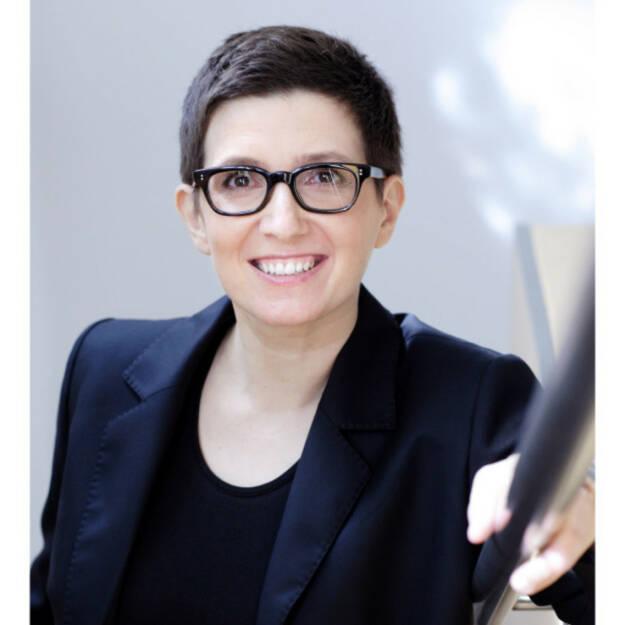 Karin Schmidt-Mitscher wurde als Head of Erste Group Commercial Real Estate and Leasing bestellt. Sie wird das Gewerbeimmobiliengeschäft der Erste CEE weiterentwickeln. Darüber hinaus wurde Frau Schmidt-Mitscher mit der Steuerung und Ausweitung des Leasing-Geschäfts der Erste Group im Firmen- und im Privatkundenbereich betraut. Foto: Erste Group, © Aussendung (30.10.2017)