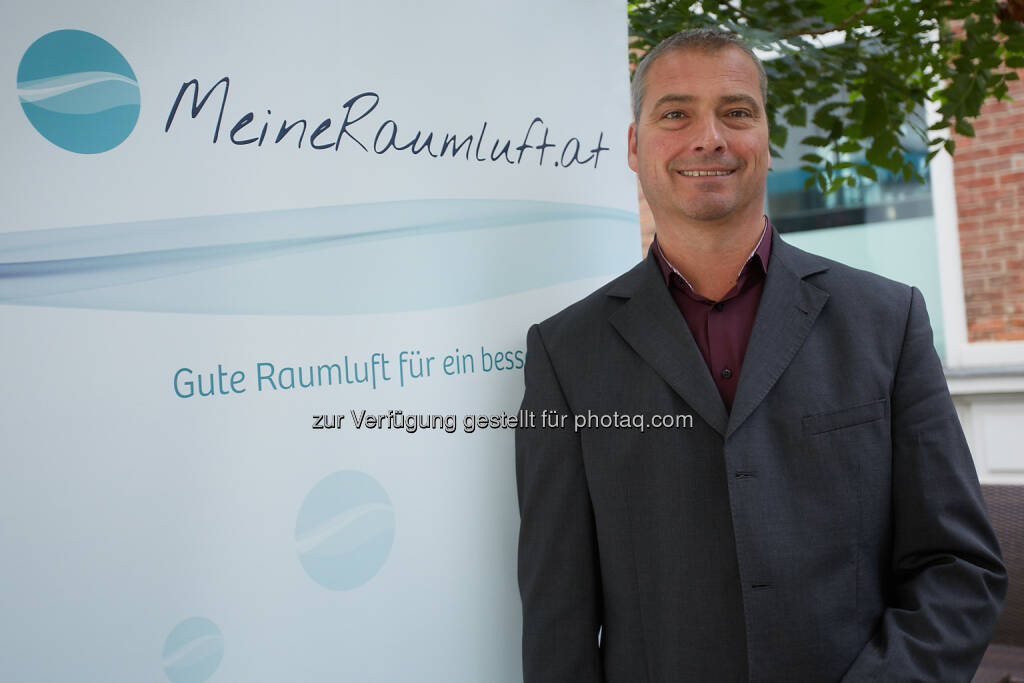 Thomas Schlatte, Plattformsprecher MeineRaumluft.at - Unabhängige Plattform MeineRaumluft: Heizsaison: Trockene Luft ist Gift für unsere Haut! (Fotocredit: MeineRaumluft.at), © Aussender (02.11.2017)