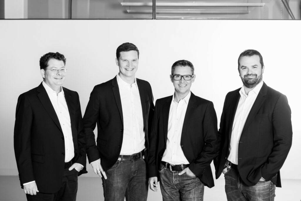 Florian Wurz, Experte für Growth-Hacking, Digital Marketing und Data Analytics ist neu bei den Growth Ninjas. Im Bild: Johannes Eichmeyer, Forian Wurz, Stefan Kainz, Stefan Greunz; Credit: Martina Draper  , © Aussender (02.11.2017)