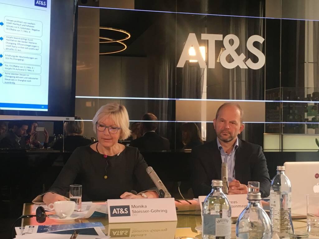 AT&S-CFO Monika Stoisser-Göhring und CEO Andreas Gerstenmayer (03.11.2017)
