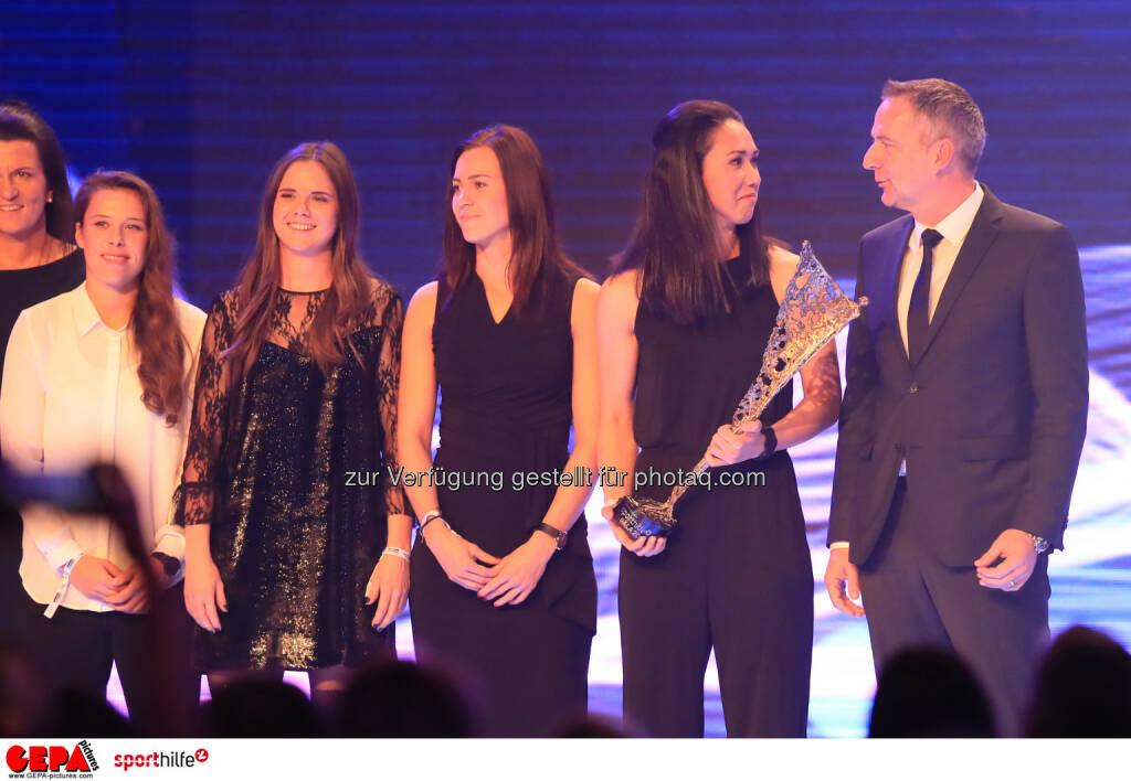 Lotterien Sporthilfe-Gala - Nicole Billa, Sarah Zadrazil, Viktoria Schnaderbeck, Manuela Zinsberger und head coach Dominik Thalhammer - (Photo: GEPA pictures/ Mario Buehner) (04.11.2017)