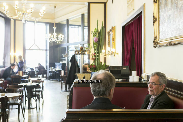 Alexander van der Bellen, Christian Drastil, Cafe Ritter