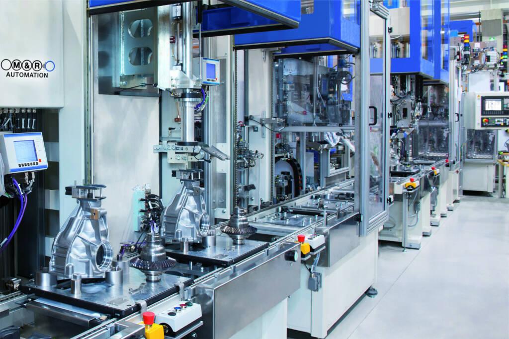 Geschäftsführung der M&R Automation stellt sich neu auf: Die neue Geschäftsführung: Johannes Linden (CEO), Anton Maierhofer (COO), Norbert Kahr (CSO), Fabrik, Konjunktur, Produktion, etc. Fotocredit: M&R Automation, © Aussendung (06.11.2017)