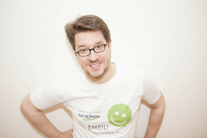 Swiss Based Smeil! Markus Pernusch, Rausch Partners AG (Shirt in der bet-at-home.com-Edition)