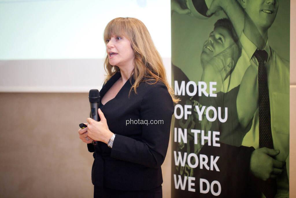 Elke Koch, Director IR & PR AT&S (Fotocredit: Michaela Mejta for photaq.com), © Michaela Mejta (08.11.2017)