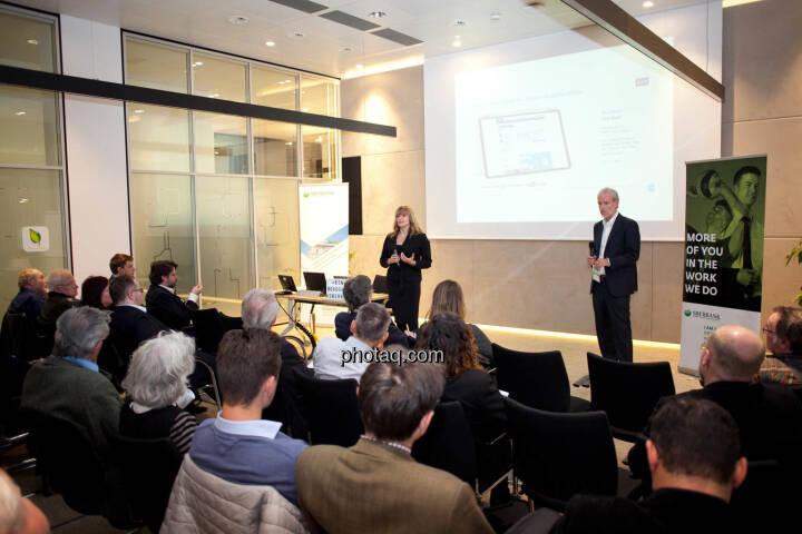Elke Koch, Director IR & PR AT&S - Chrisitan Drastil, Börse Social Network (Fotocredit: Michaela Mejta for photaq.com)