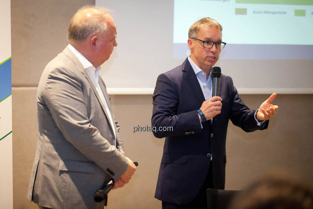 Lukas Stipkovich (Fondsmanagement, Sigma Investment), Alfred Reisenberger (Research, Sigma Investment) - (Fotocredit: Michaela Mejta for photaq.com), © Michaela Mejta (08.11.2017)