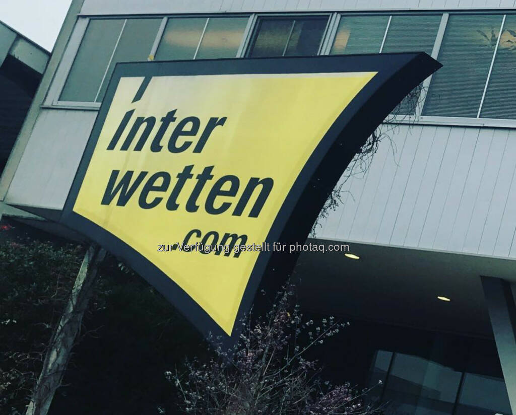 Am Freitag bei Interwetten, dann Auto zur U2 (18.11.2017)