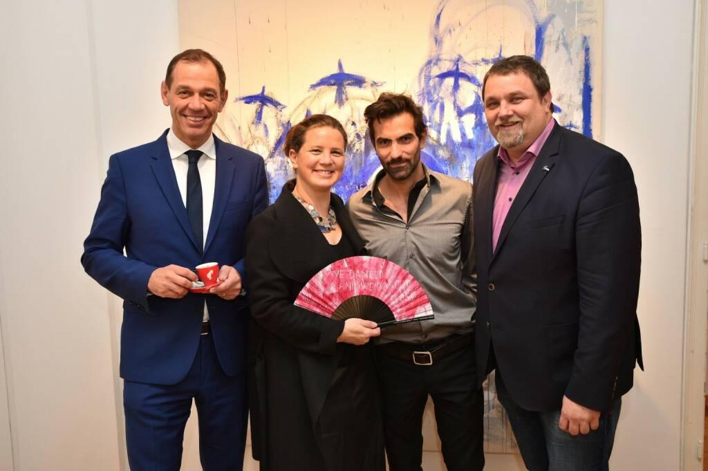 Julius Meinl-CEO Marcel Löffler, Ballleiterin Anna Karnitscher, Künstler Jakob Kirchmayr, Herr Binder, (© Andreas Tischler) (21.11.2017)