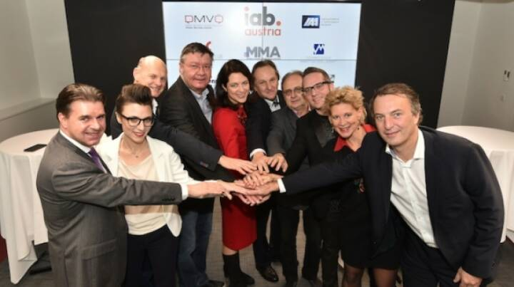 "Vertreter vom Dialog Marketing Verband Österreich (DMVÖ), interactive advertising bureau austria (iab austria), International Advertising Association (IAA), Marketing Club Österreich (MCÖ), Mobile Marketing Association (MMA), Österreichische Marketing Gesellschaft (ÖMG), Verband Österreichischer Privatsender (VÖP), Verband Österreichischer Zeitungen (VÖZ), Wirtschaftskammer Wien Fachgruppe Werbung und Marktkommunikation (WKW) fordern die Abschaffung der Werbeabgabe und die Forcierung eines effektiven und fairen Steuersystems im Wettbewerb mit den ""Digital Giants"" (Google, Facebook & Co). Credit: (© leisure.at/Christian Jobst)"
