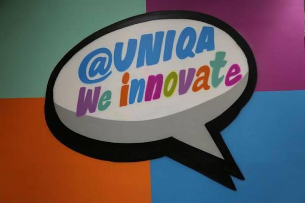 """Das UNIQA Innovation Lab bei weXelerate eröffnet im Design Tower und wird ein inspirierender Treffpunkt für UNIQA Mitarbeiter, andere etablierte Unternehmen, Forschung und Start-ups. """"Wir lernen von Start-ups und Start-ups lernen von uns"""", bringt es Andreas Nemeth vom UNIQA Group Innovation Team auf eine einfache Formel. Fotorechte: © UNIQA, © Aussender (28.11.2017)"""