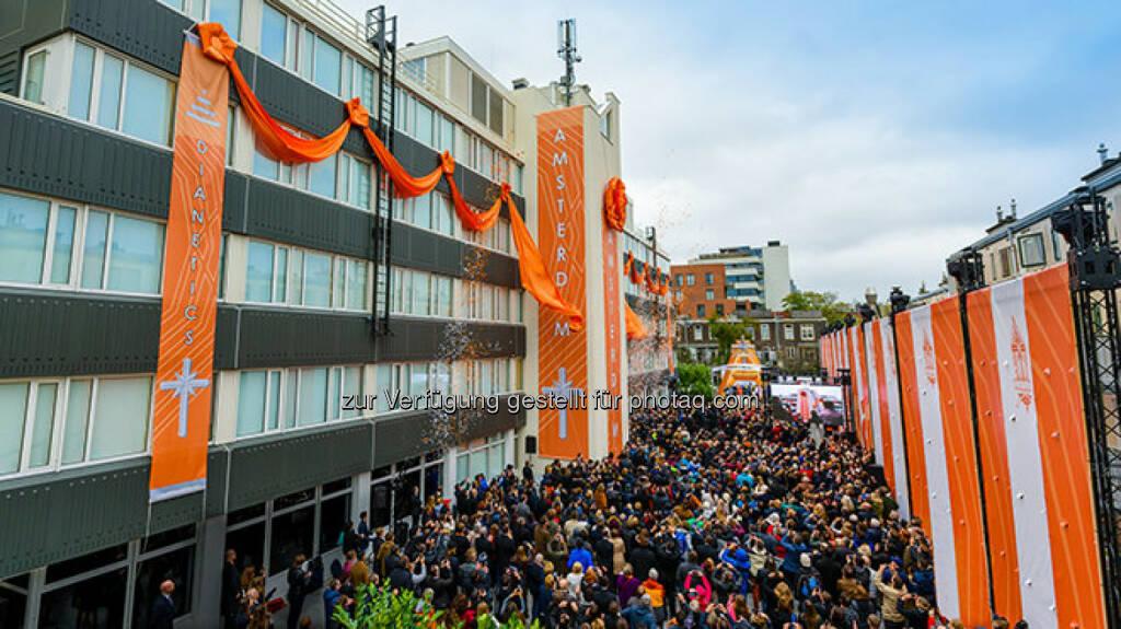 Eröffnung und Banddurchschneidung Amsterdam - SCIENTOLOGY MISSION WIEN: Scientology - Die am schnellsten wachsende Religion der Welt (Fotocredit: Scientology Int.), © Aussender (28.11.2017)