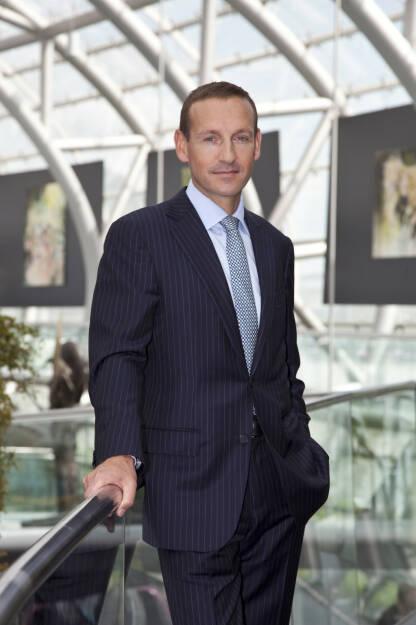 """Spängler IQAM Market Timing Europe feiert 3. Geburtstag. """"Der Spängler IQAM Market Timing Europe war bis vor wenigen Tagen zu 100 % in geldmarktnahe Veranlagungen investiert (0 % Aktien) und somit konnten die Marktvolatilitäten im November vermieden werden"""", so Markus Ploner, CFA, MBA, Geschäftsführer der Spängler IQAM Invest. Bild: Spängler IQAM Invest, © Aussender (29.11.2017)"""