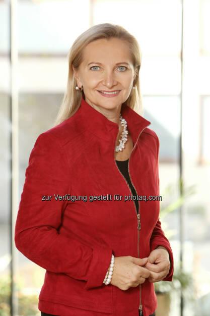 Wirtschaftskammer Österreich: Ulrike Rabmer-Koller einstimmig zur Präsidentin des Europäischen KMU- und Handwerksverbands UEAPME wiedergewählt (Bild: Michael Strobl/WKÖ), © Aussender (07.12.2017)
