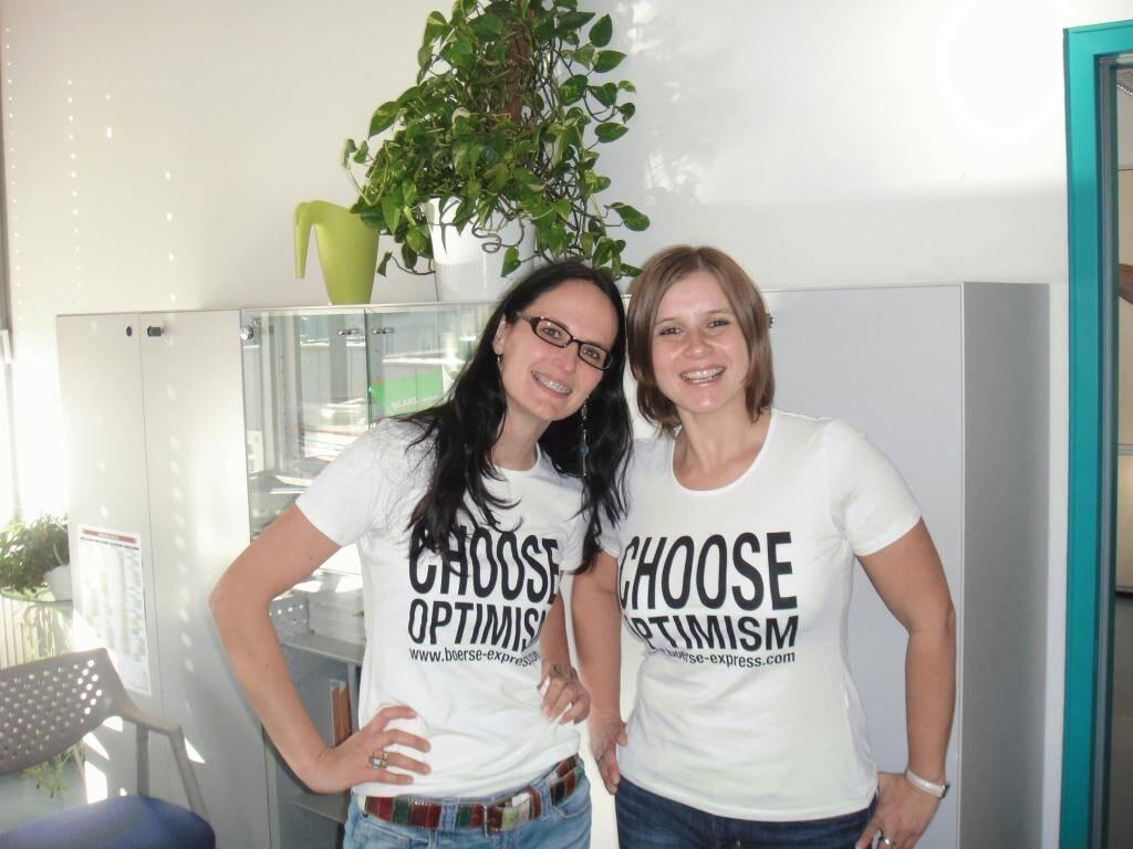A Choose with a Smeil!: Birgit Urabl, Claudia Hallamayr, © Diverse Fotografen / Aktion wurde vom Börse Express 2014 an photaq/BSN übetragen (01.06.2013)