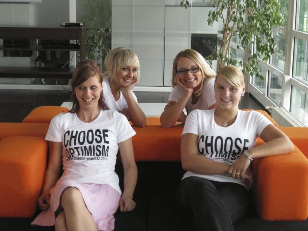 A Choose with a Smeil! Anette Riek, Marcella Müller, Christin Lammert, Kristina Escher, © Diverse Fotografen / Aktion wurde vom Börse Express 2014 an photaq/BSN übetragen (01.06.2013)
