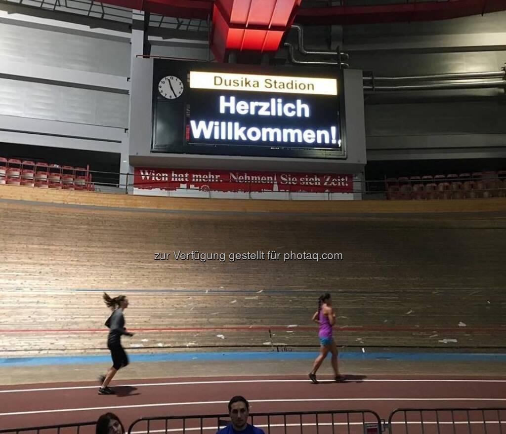 Lauftraining im Dusika-Stadion (20.12.2017)