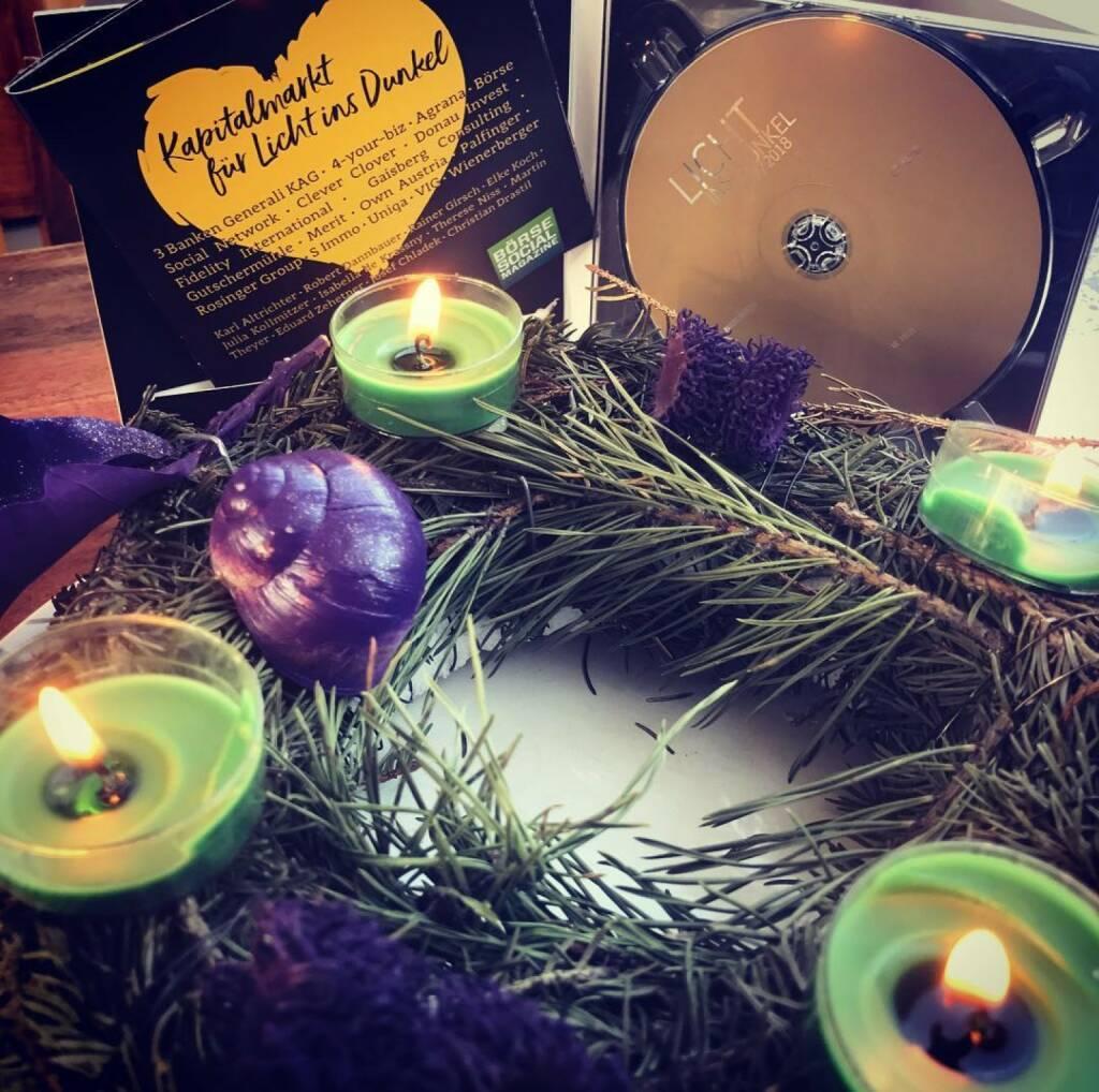 Weihnachten Kapitalmarkt für Licht ins Dunkel #lichtinsdunkel #kapitalmarkt #boersesocialmagazine #3banken #4yourbiz #agrana #cleverclover #donauinvest #fidelityinternational #gaisberg #gutschermühle #merit #ownaustria #palfinger #rosingergroup #simmo #uniqa #vig #wienerberger boerse-social.com #monkeymusic, © www.shutterstock.com (24.12.2017)