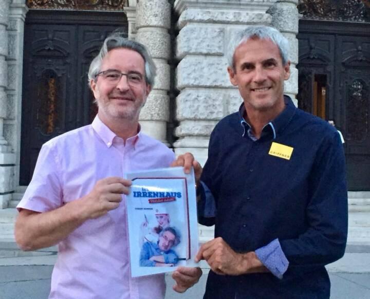 Robert Sommer Sportschnappschuss 2017 - auch Rapids und Romas Jahrhundert-Goalie Michael Konsel ist ein großer Freund der Satire und las mit Begeisterung mein neues Buch ,Im Irrenhaus - Plötzlich daheim'! Das zweite Buch kommt 2018 heraus!