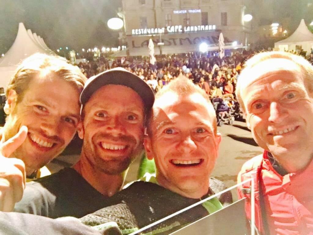 Matthias Bauer - Mein Sportschnappschuss des Jahres 2017 ...  ... ist ein bei der Siegerehrung des Vienna Night Run gemachtes Selfie gemeinsam mit den tollen Teammitgliedern Wolfgang Wallner, Marius Bock und Alex Bichl. Schnellstes Team Wiens, ein wunderschöner Sportmoment 2017! (28.12.2017)