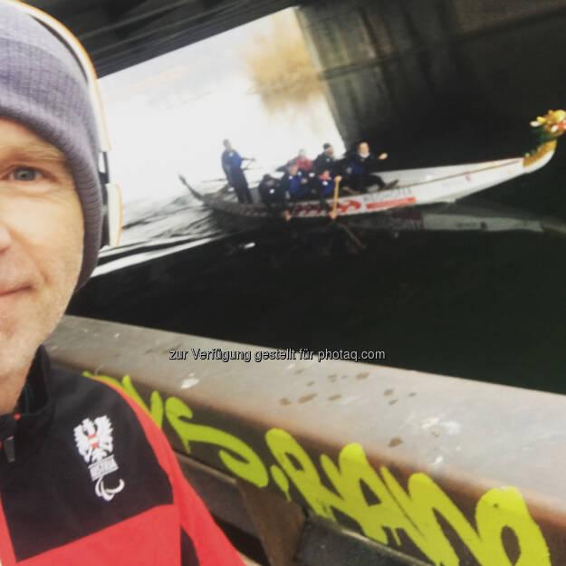 Drachenboot auf dem letzten Kilometer (06.01.2018)