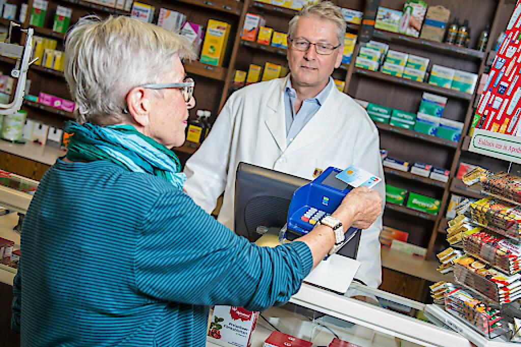 Kontakloses Bezahlen mit Bankomatkarte, NFC, Near Field Communication, Credit: PSA, © Aussendung (08.01.2018)