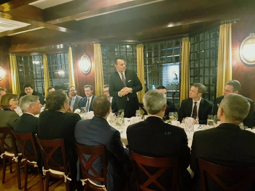 @Wiener Börse's ECM-Dinner with top #EquityCapitalMarket experts from Frankfurt, London and Vienna was the ideal setting for Q&As on our position as globally leading trading platform for Austrian companies. Get in touch with my team @Henriette Lininger, @Thomas Rainer and @Martin Wenzl for facts on the depth of liquidity and the range of international investors and trading members, which are the key drivers of our dominant market share or have a look online: https://lnkd.in/eyFCdb5 (19.01.2018)