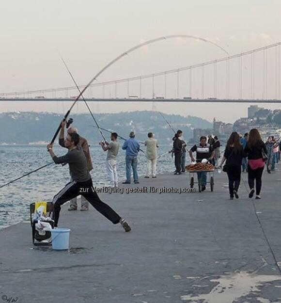 Fischer am Bosporus; Türkei, Istanbul, © Herlinde Wagner (02.06.2013)