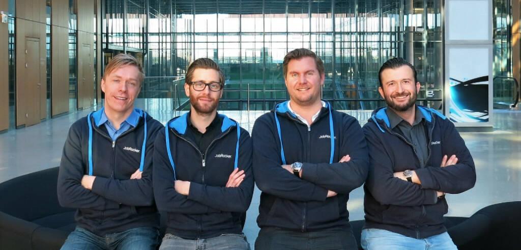 Im Zuge einer Erweiterung der Series A Finanzierung sichert sich der Leadinvestor Surplus Invest aus München weitere Anteile an JobRocker. JobRocker ist der erste digitale Headhunter, der eine revolutionären Matching-Technologie mit Top-Fachberatern vereint. Klaus Furtmüller (CTO), Martin Pauer (CDO), Günther Strenn (CEO), Gregor Weihs (COO), Bild: JobRocker  (22.01.2018)