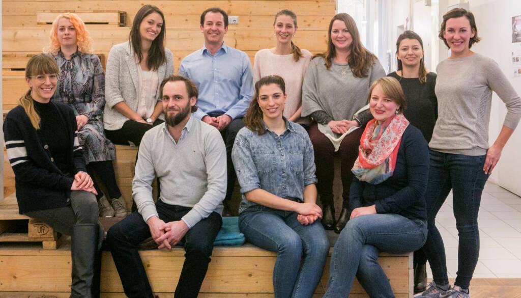 Social Start-up Initiative found! von Deloitte und Impact Hub Vienna: (vlnr): Katha Schinkinger (Habibi & Hawara's Bazaar), Jasmin Bauer (Kattunfabrik), Lisa-Maria Sommer (MTOP), Franz Unterkreuter (Chance Giving, Chance Living 4 Refugees), Christian Radauer (Deloitte), Yasmina Gross (Topfreisen Academy), Perrine Schober (Shades Tours), Martina Maria Linzer (Chance Giving, Chance Living 4 Refugees), Cornelia Mayer (Topfreisen Academy), Ioana Constantin (Impact Hub Vienna), Christine Jama (Impact Hub Vienna); Credit: Cochic Photography (29.01.2018)