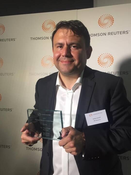 SRC Research Gründer Stefan Scharff mit dem Thomson Reuters Analyst Award 2017, Foto: SRC