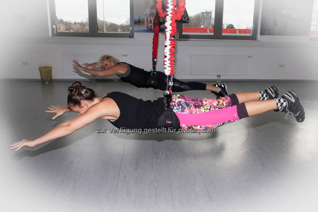 Mal selbst einen auf Mission Impossible machen. Bungee-Training verbessert Timing, Reaktivkraft und Bewegungsrefelxe. (08.02.2018)
