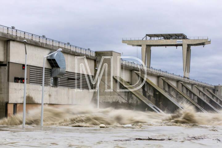 Donau, Hochwasser, Verbund Kraftwerk Greifenstein