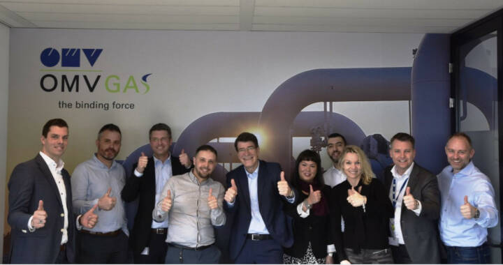 OMV: Welcome to our truly motivated gas sales team in their new office in Amsterdam!  They moved in today and are now eager to establish OMV GAS as a well-known player on the local market.