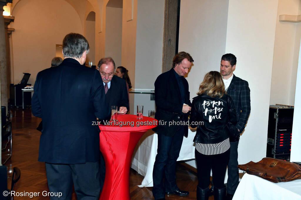 Polytechnik Chef Leo Schirnhofer und UCCA-Präsident Honorarkonsul Wolfgang Breitenthaler im Erfahrungsaustausch am roten Tisch..., © (C) Rosinger Group (03.03.2018)